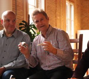Desayuno con Benito Muros, el inventor de la Bombilla Eterna @ Evento Online